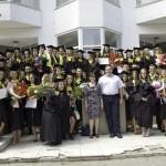 Absolventi, 2012