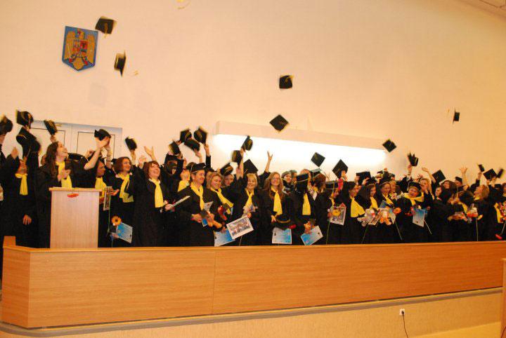 Festivitate-absolvire-2010
